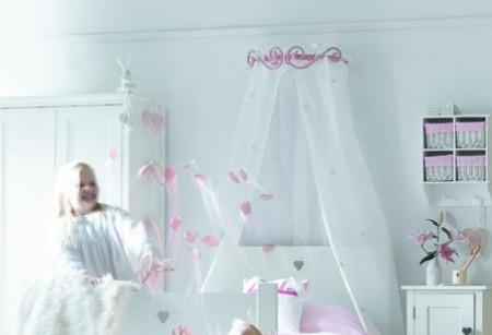 Chic Shopping: Charming children's furniture
