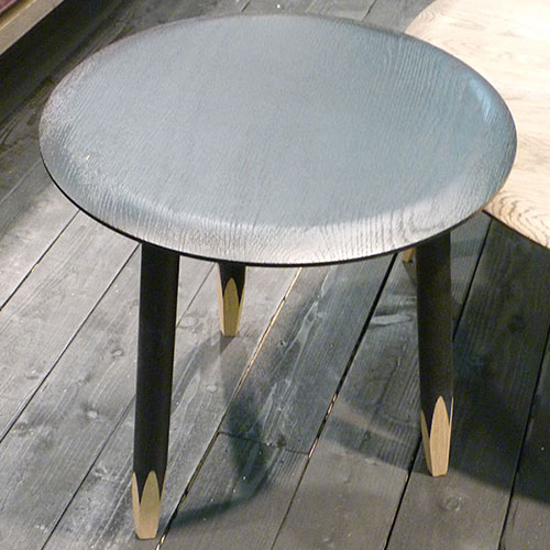 Hoof_table_Samuel_Wilkinson_&Tradition