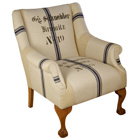 Vintage-Chair-by-Kelly-Swallow