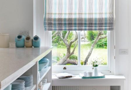 Ideas to dress your kitchen window