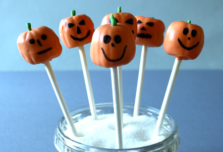 Step by Spooky Step: How to make Halloween Pumpkin Cake Pops