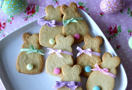 Make these delicious lemon bunny cookies for Easter