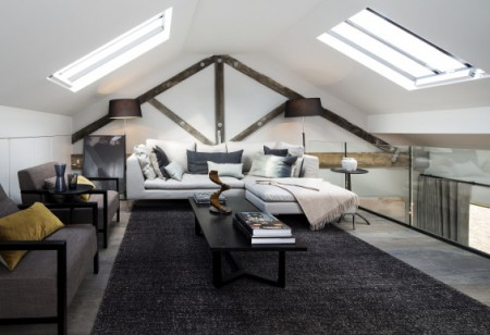 Cool, contemporary loft-living in a 19th century warehouse
