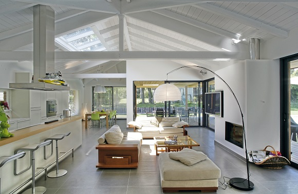 <b> House tour: </b> This stunning contemporary French home near Lake Geneva is full of eco-friendly features