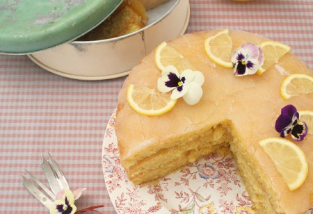 <b> Baking: </b> Citrus drizzle cake – served three very different ways