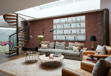 <b> House Tour: </b> Take inspiration from an eclectic family home filled with statement pieces and materials
