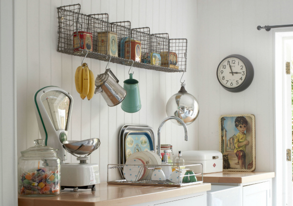 vintage-homespun-retro-style-kitchen-bob-blossom-achicaliving 580