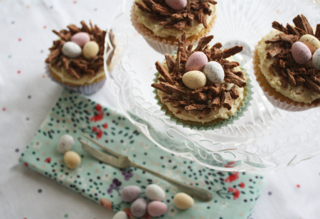 Tree-top Treats: Vanilla cupcakes for Easter