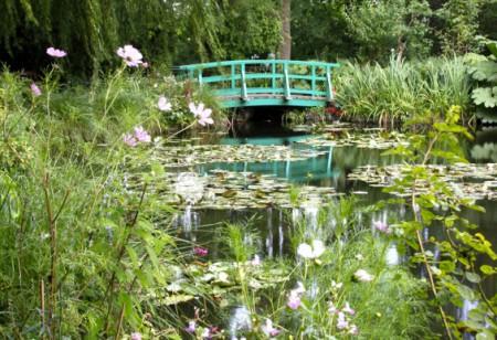 Tour Monet's famous garden in France